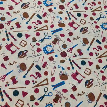 Tecido tricoline -  botões coloridos fundo bege -  Coleção Love Sewing - Fernando Maluhy