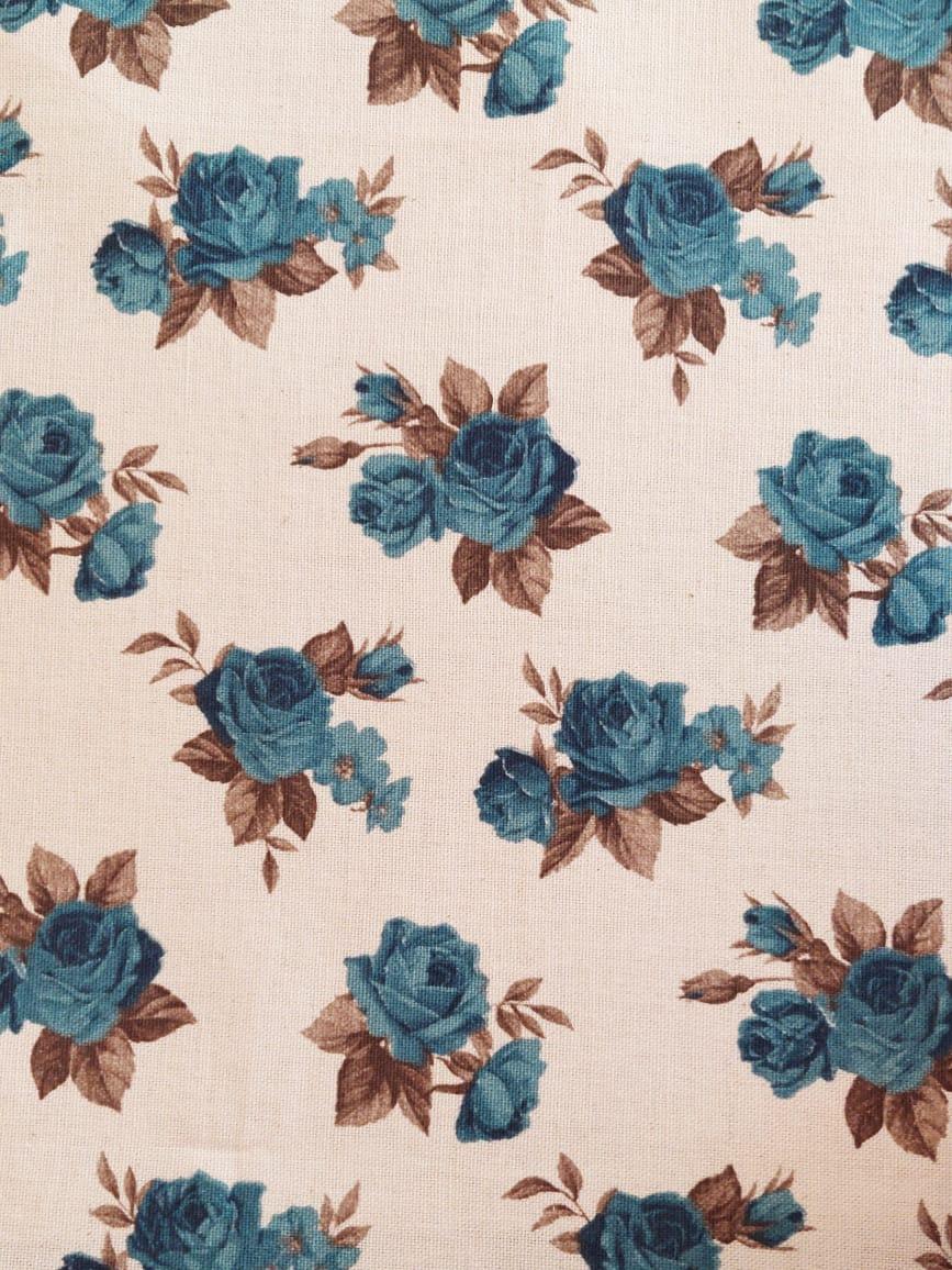 Tecido linho floral - flor azul fundo branco   - Ibirapuera Textil